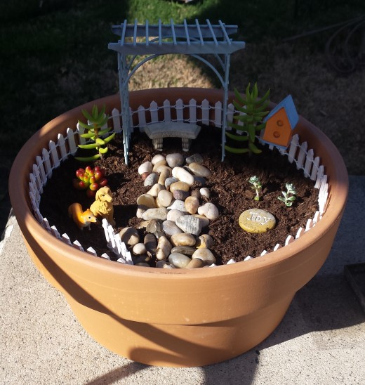 My first fairy garden, what do you think?
