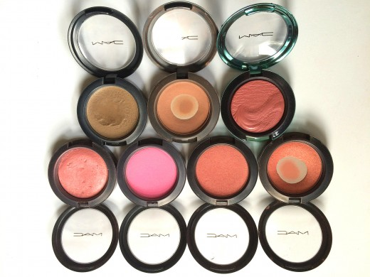 Select blush colors that correspond with your lipstick and skin tone.