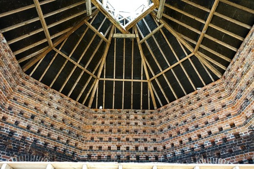 Pigeon house or dovecot photo by Pixabay