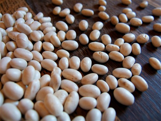 Dried haricot beans.