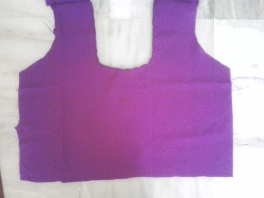 This is the back part of the blouse