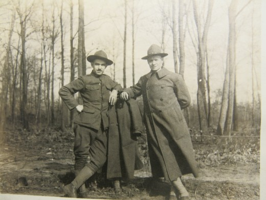 Walter Fraser (on right) with unidentified fellow Army Buddy in France 1918.