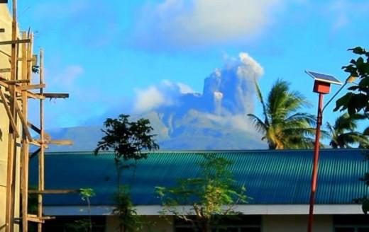 Bulusan Volcano (Philippines) Eruption, February 22, 2016.