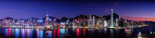 Panoramic photograph of Hong Kong (source:Pixabay.com, photo by Skeeze)