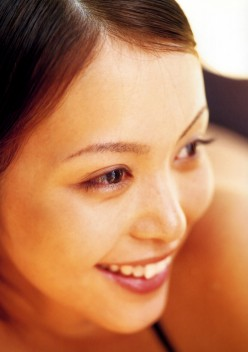 Mayuko Iwasa, Beautiful Bikini Model and Movie Actress From Tokyo Japan