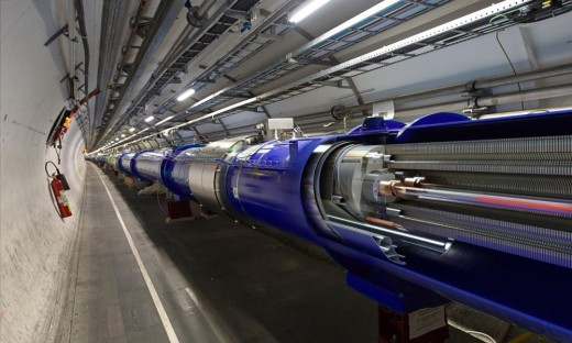 LHC is put in the system of underground tunnels at a depth of 100 m below ground, have the effect of preventing radiation from the collision to break out of the ground. In the LHC tunnel 25.7 km in length.