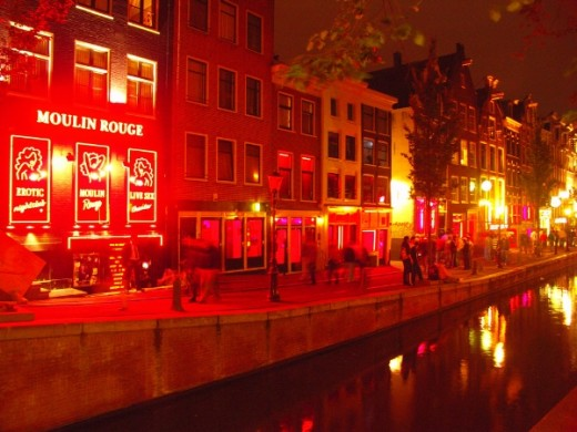 """Besides the attractive red paneling, tourists will also not to be missed """"Red light secrets museum of Prostitution"""", the famous Museum in the red light district area, established to recommend for those who don't have the opportunity or not enough cou"""