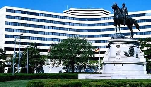Washington Plaza Hotel is PC