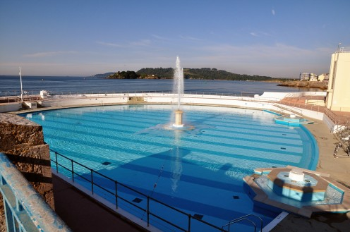 The refurbished Tinside pool was re-opened in 2003