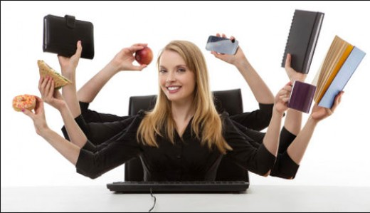 Most secretaries have to do multi-tasking every day they work.