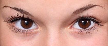 Hypnotic eyes.