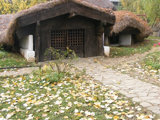The Village Museum in Bucharest is a country life in the 18 century for real nowadays.