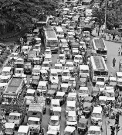 Traffic Jams- Seven Things to Avoid in Standstill Traffic
