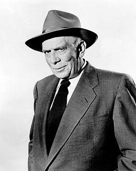 Ray Collins, (Lt. Arthur Tragg)