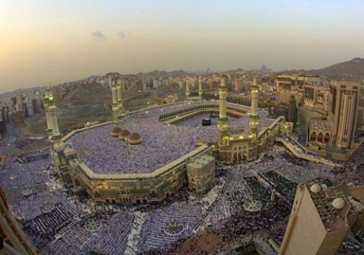 Mecca is, as vatican, the most important place for Muslims. Thousand of Muslims go in a pilgrimage to Mecca to pray.
