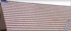 Top 4 Benefits of Hiring Licensed Roofing Companies and 4 Guidelines on How to Find Them