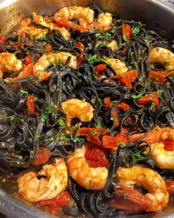 Florence, Italy: Conti Squid Ink Linguine with Prawns & Cherry Tomatoes