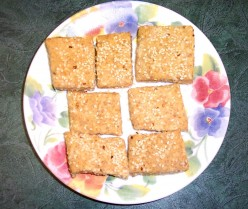 Homemade Sesame-Flax Crackers