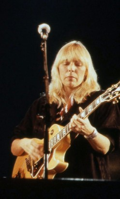 Joni Mitchell Is a Woman of Heart and Mind