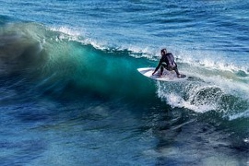 Getting up on wave