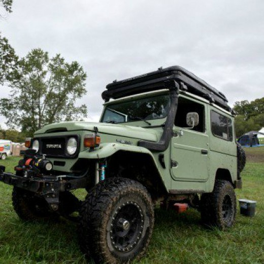 Landrover FJ40 the grand daddy of overland vehicles