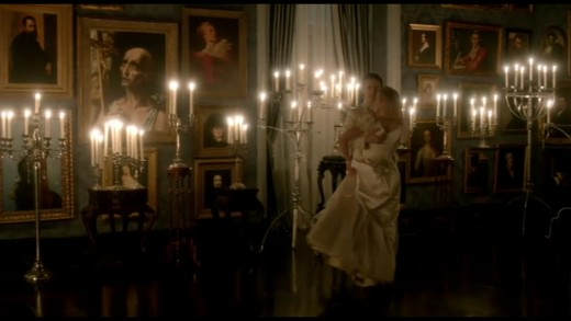 Screenshot from Penny Dreadful - Dorian Gray's house