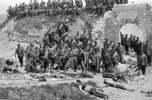 Bulgarian soldiers with dead Turkish civilians in Edirne (formerly Adrianople)
