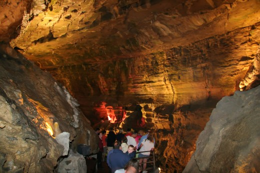 One of the main attractions at Howe Caverns is the interesting tour on the river traveling through the Caverns.