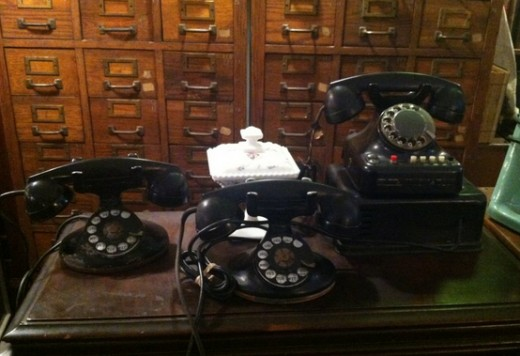 Old phones at Dickenson's