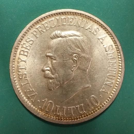 10 Litu   KM84   Y14   1938   Obv