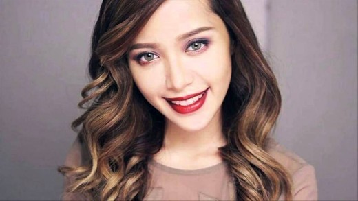 Michelle Phan - the queen of make-up tutorials on YouTube, and the highest earner in this department where YouTube is concerned, having earned $3 million in 2015.