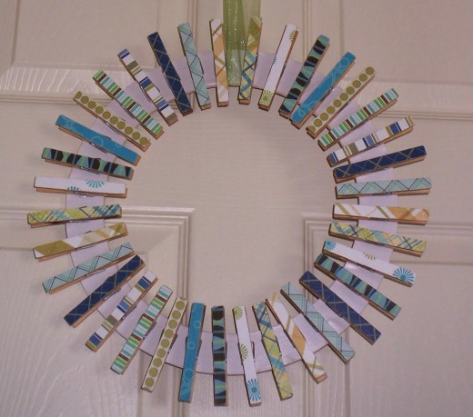 48 classy clothespin craft ideas feltmagnet for Mini clothespin craft ideas