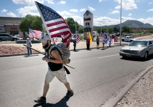 Vet walking across America to raise awareness on the treatment of Vietnam vets