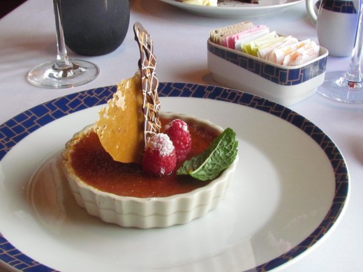 I had the crem-brulee for dessert which was amazing.