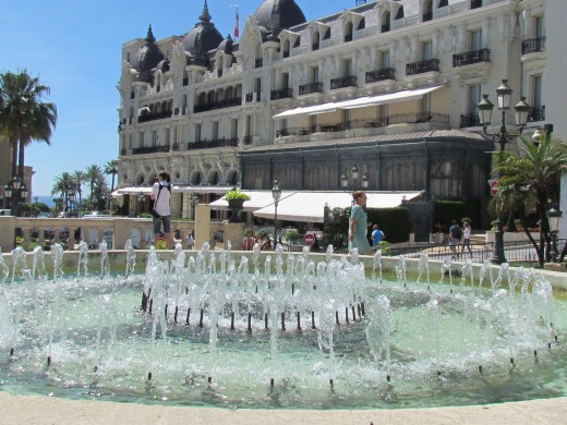 Hotel Paris, with its glorious fountain near it.