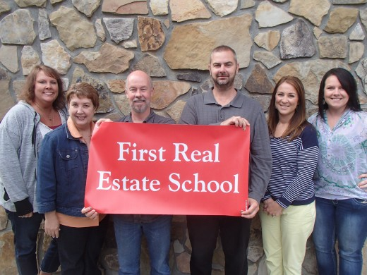 Getting your North Carolina real estate license starts with real estate school