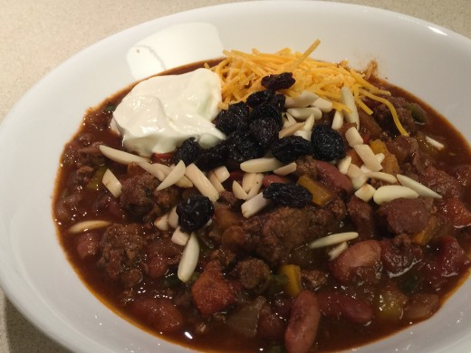 Fruit and Nut Chili with Raisin Garnish
