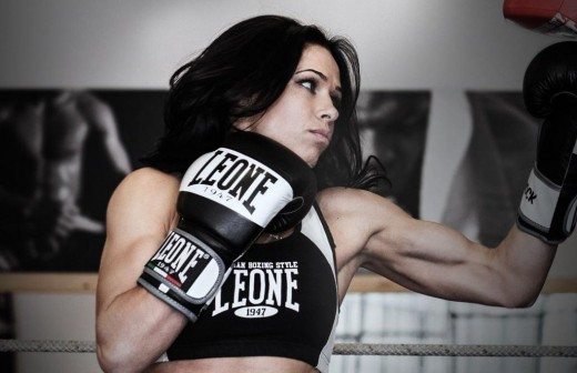 "MMA fighter and kickboxer Lena ""Hunter"" Ovchynnikova"
