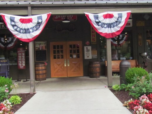 The main entrance of Cracker Barrel in North Carolina.