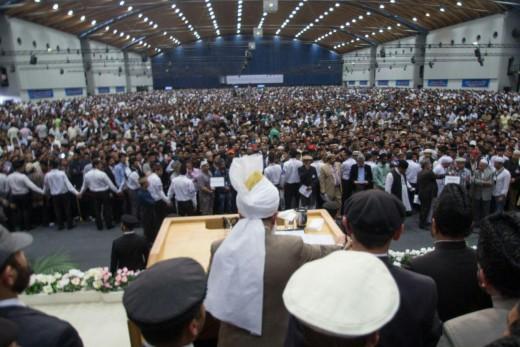 Ahmadi-Muslims gather unto their Khalifa tul Masih or The Successor of The Messiah