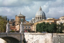 Vies across the Borgo to St Peter's (c) A.Harrison
