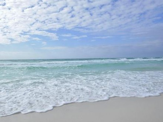 The beautiful waters make vacationing in Crystal Beach an ideal way to relax.