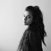 izza khaliq profile image