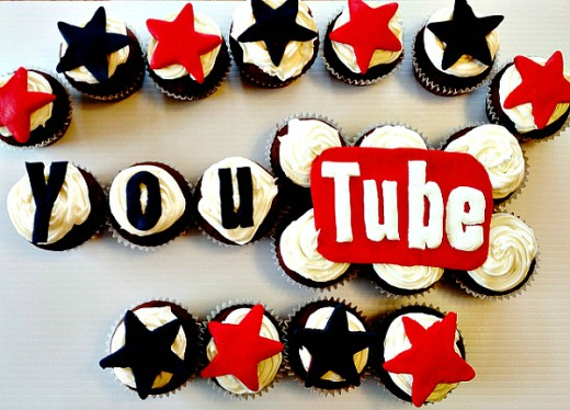 YouTube logo cupcakes