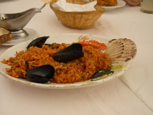 Rice with seafood, 5 euros
