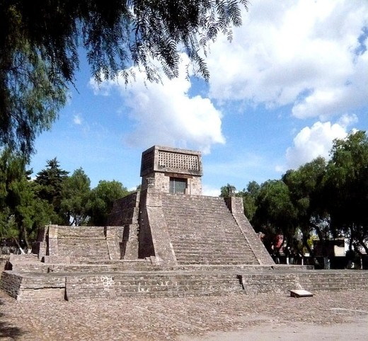 Aztecs Pyramid By Maunus Public Domain