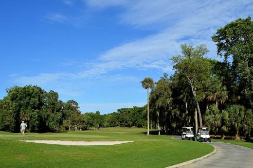 Hilton Head is popular as a golf resort destination. © Scott Bateman