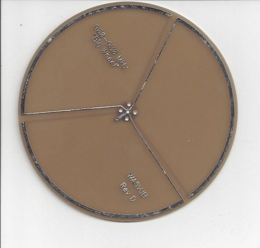 900 MHz solid wheel antenna by Kent Electronics