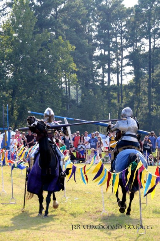 Paragon Jousting -- Sir Devon vs. Dame Fiona