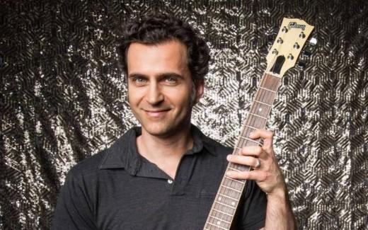 Dweezil Zappa, Frank Zappa's son